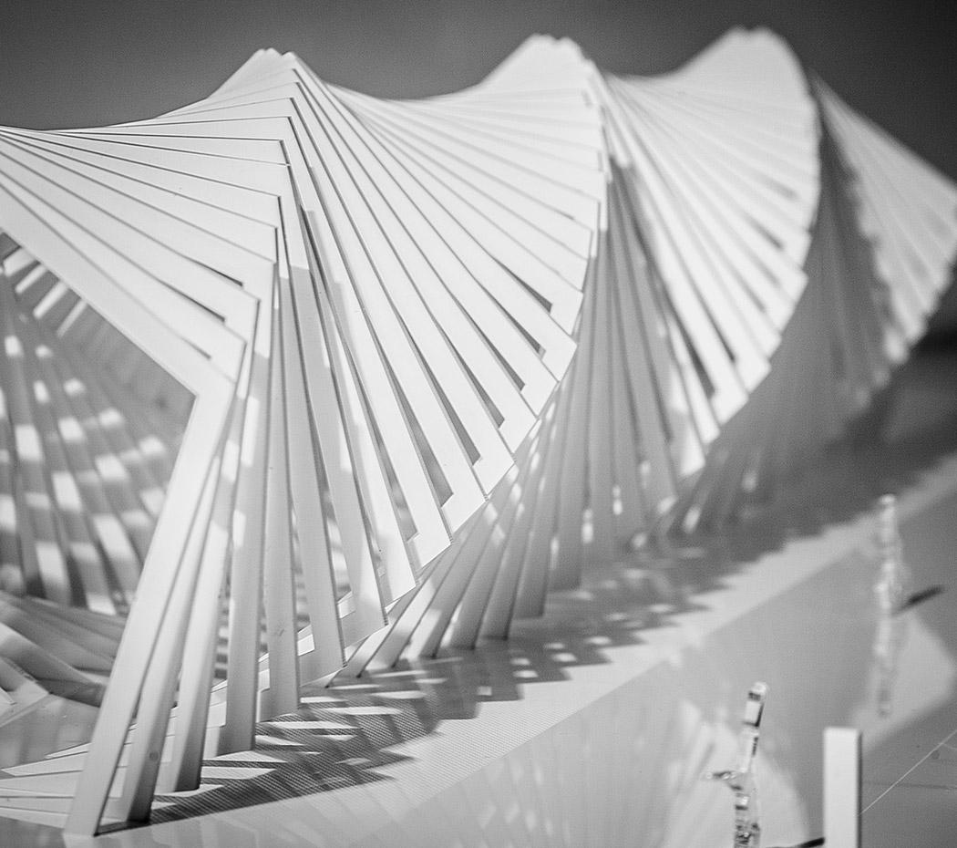 maqueta-arquitectura-negrosobreazul-paseo-pergola-arquiayuda-(6)