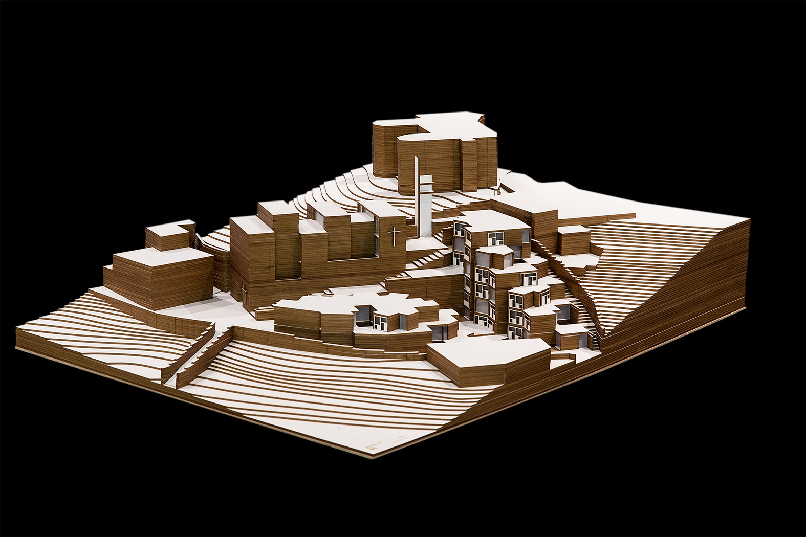 maqueta-arquitectura-pfc-tfg-CEU-iglesia-arquiayuda-(1)